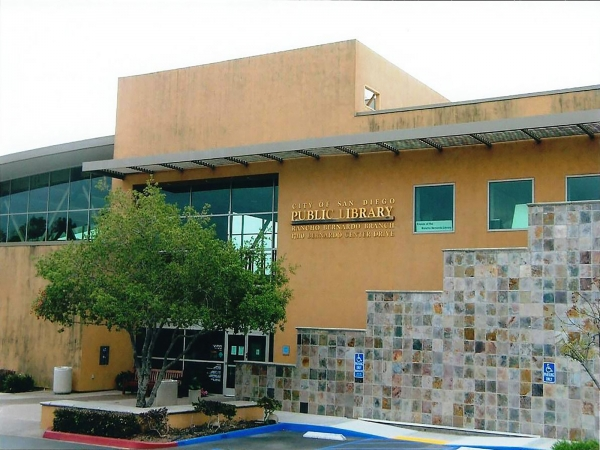 Rancho Bernardo Library Entrance